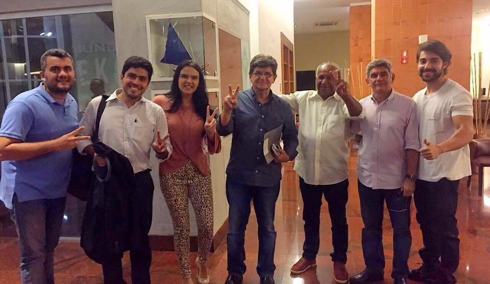 Caravana de Chico Coelho organiza festa para desembarcar em Balsas com informação falsa para enganar eleitor